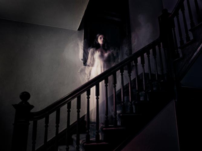 Фото №1 - В гостях у призраков: 9 проклятых отелей со всего мира