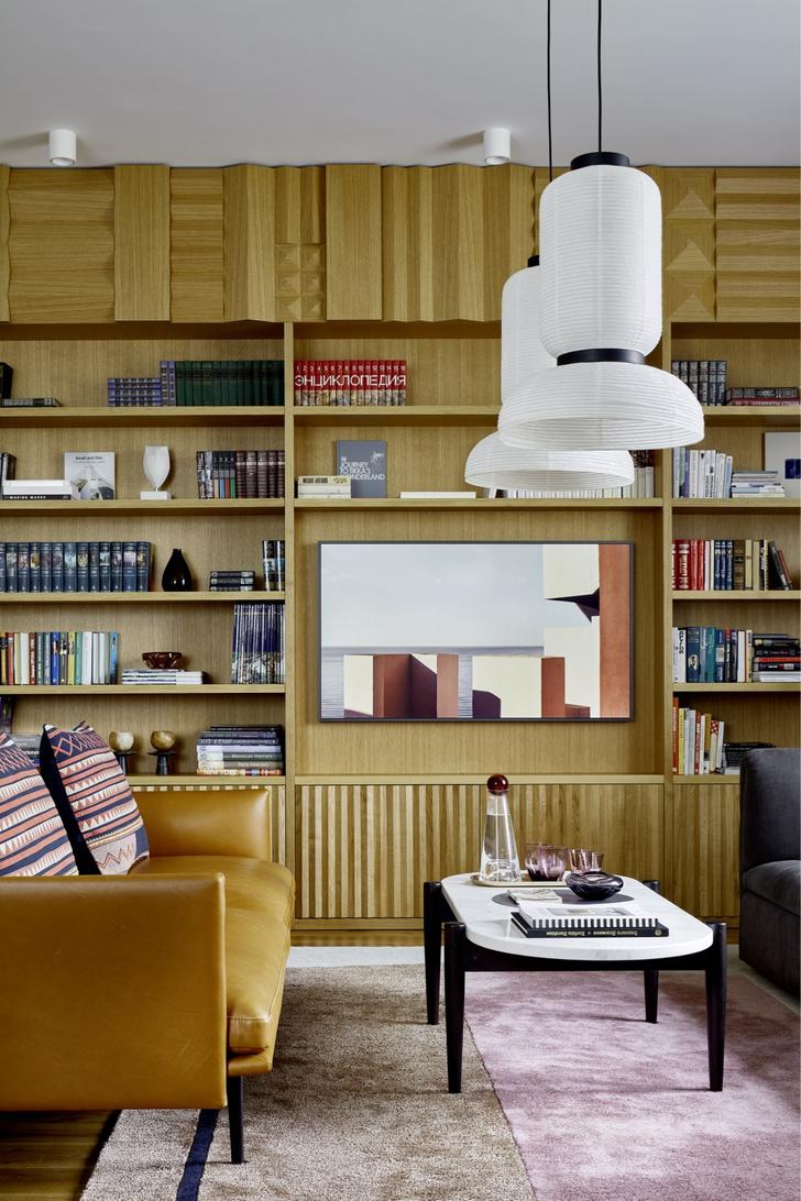 Фото №11 - Дерево в гостиной: идеи и решения