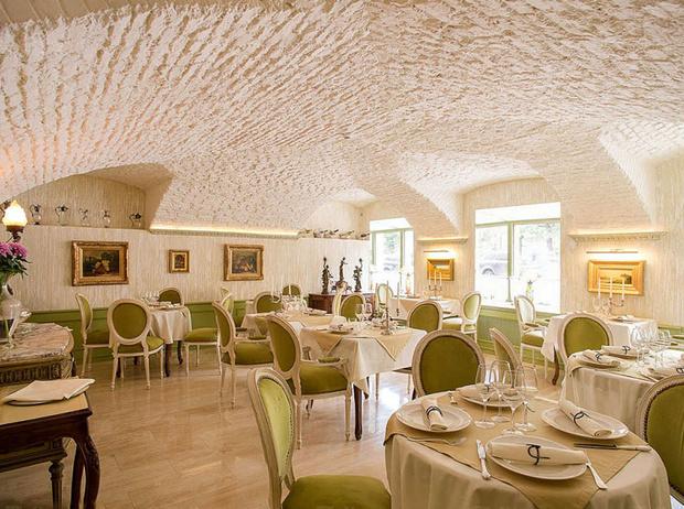 Фото №10 - 5 ресторанов Санкт-Петербурга, в которых работают лучшие шеф-повара