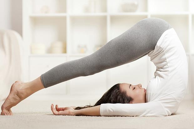 Фото №5 - 12 асан йоги, опасных для здоровья