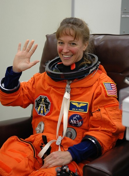 Фото №7 - Из космоса в тюрьму: как астронавтка победила силу притяжения, но не свою ревность, и пошла на убийство соперницы