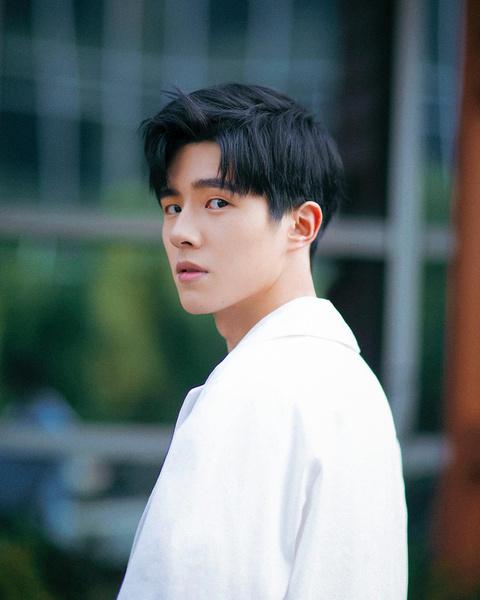 Фото №5 - Выбор нетизенов: топ-100 самых красивых азиатских мужчин. Часть 2