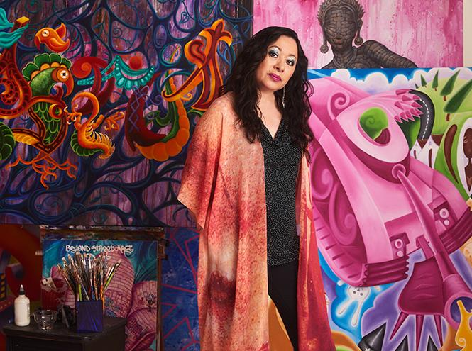 Фото №1 - «Первая леди граффити»: художница Lady Pink – о красоте, феминизме 80-х и коллаборации с Lancôme
