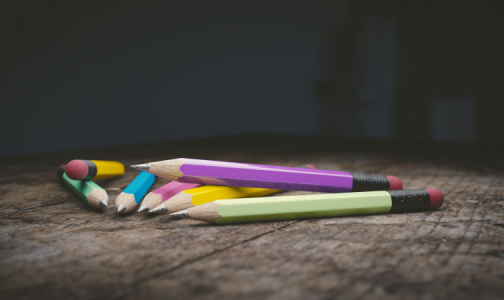Фото №1 - Комитет по образованию: Возврат к дистанционному обучению в школах возможен