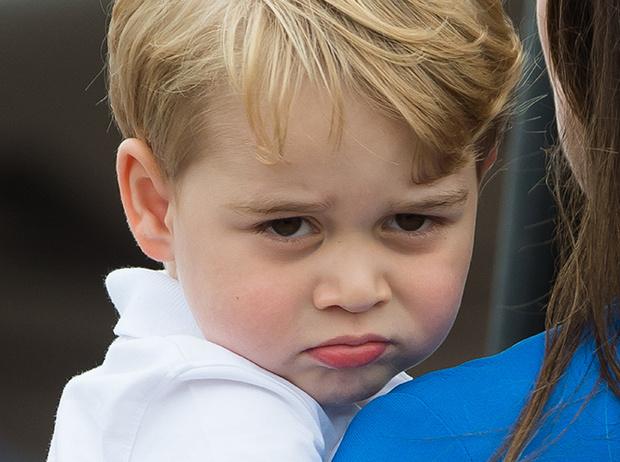 Фото №3 - Кризис трех лет по-королевски: принц Джордж показал характер