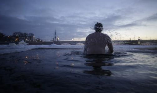 Фото №1 - Несмотря на теплую зиму, петербуржцы остались без пальцев, рук и ног из-за алкоголя