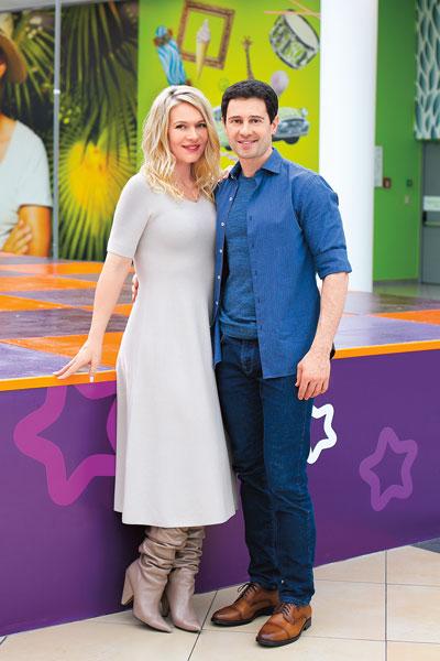 Фото №1 - Антон и Виктория Макарские: «Карантин— счастье быть всем вместе»