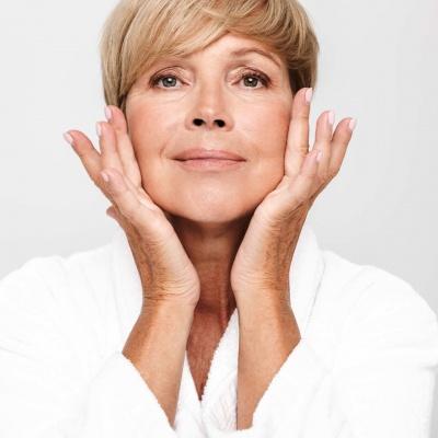 Pro или Anti-age? Как сохранить красоту и здоровье в период менопаузы