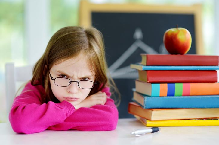 Фото №2 - Что делать, если ребенок не хочет идти в школу: советы психолога