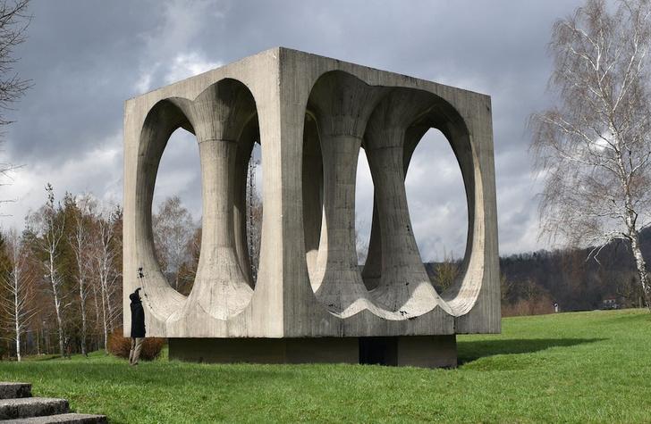 Фото №7 - Памятники несбывшемуся будущему: 6 удивительных югославских монументов