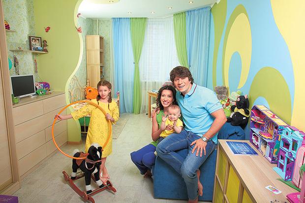 Елена Борщева с семьей фото