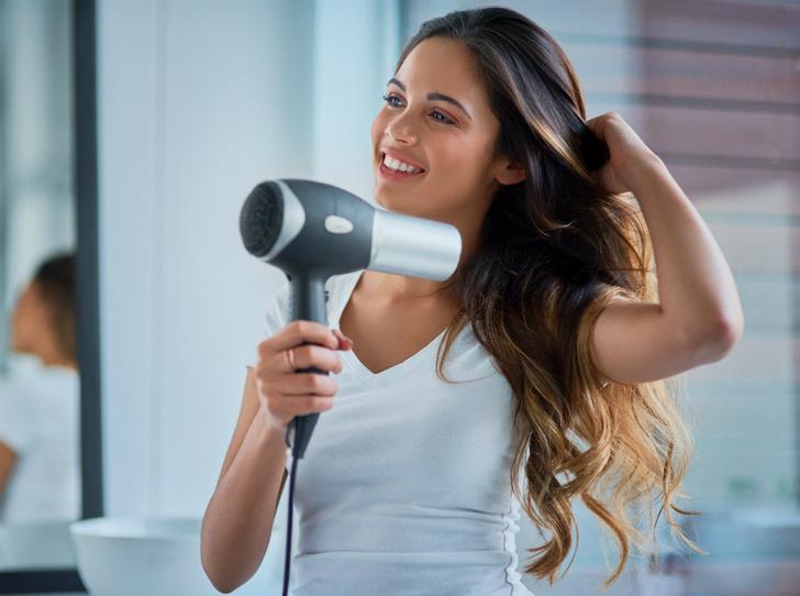 Фото №6 - Миссия выполнима: 5 способов выпрямить волосы без утюжка