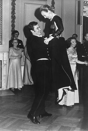 Фото №13 - Принц Хенрик и Королева Маргрете: история любви в фотографиях