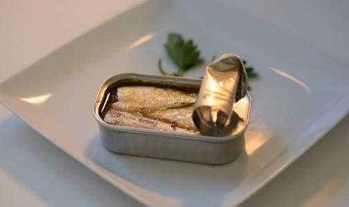 Фото №1 - Роспотребнадзор рассказал, как выбрать качественные рыбные консервы