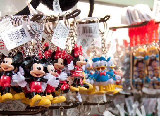 Фото №1 - Канал Disney предлагает выиграть поездку в парижский «Диснейленд»
