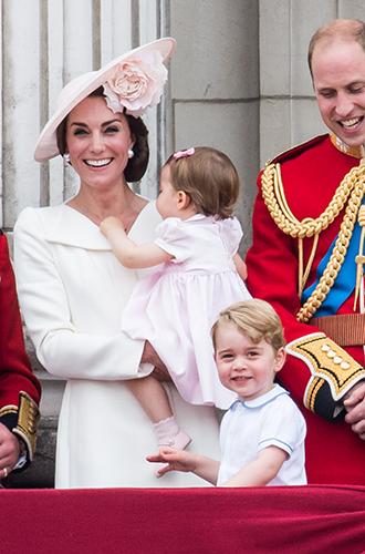 Фото №23 - Самые трогательные моменты из жизни герцогини Кембриджской в 2016 году