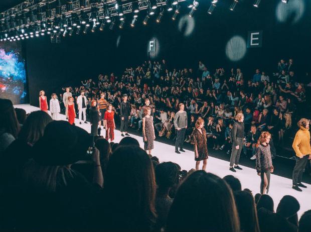 Фото №1 - Третий день Mercedes-Benz Fashion Week Russia 2017