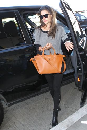 Фото №3 - Как у звезды: сумка Longchamp Le Pliage Heritage