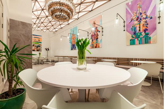 Фото №1 - Семейное кафе и атмосфера городского шика: что ждет гостей «Брусники» на Мосфильмовской