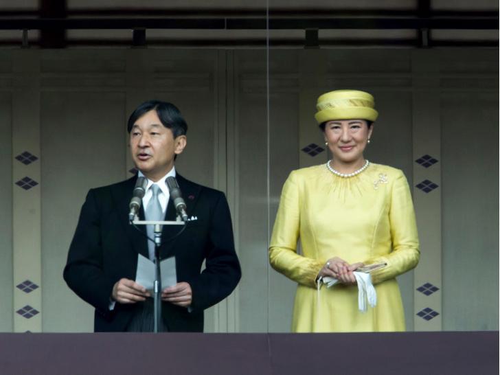 Фото №2 - Особая монархия: 6 самых странных правил японского королевского протокола