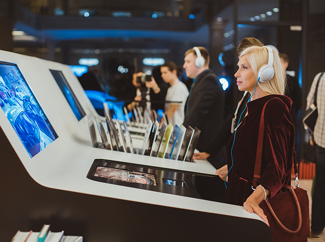 Фото №3 - В Москве открылся проект «Звук от Porsche: истории бренда»