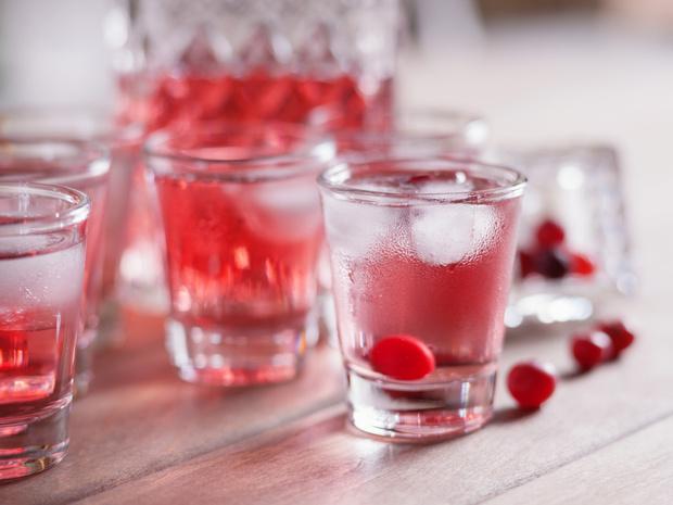 Фото №4 - От лимончелло до имбирной: 5 рецептов домашних настоек