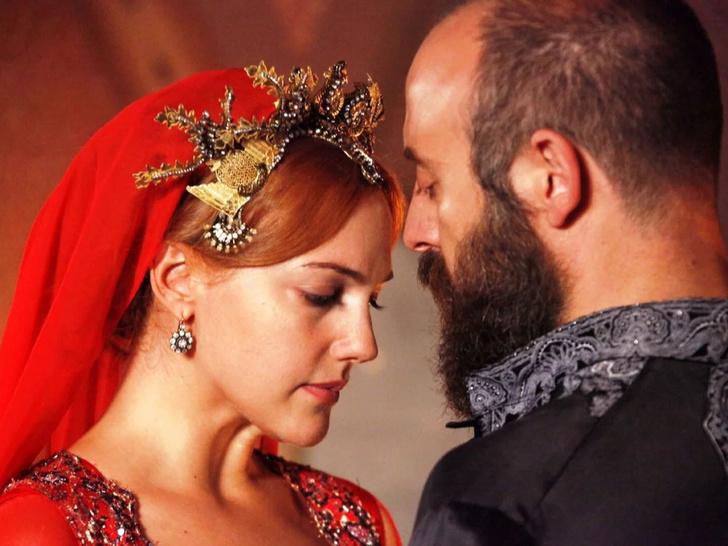 Фото №1 - Восточная сказка: 7 лучших турецких сериалов про любовь