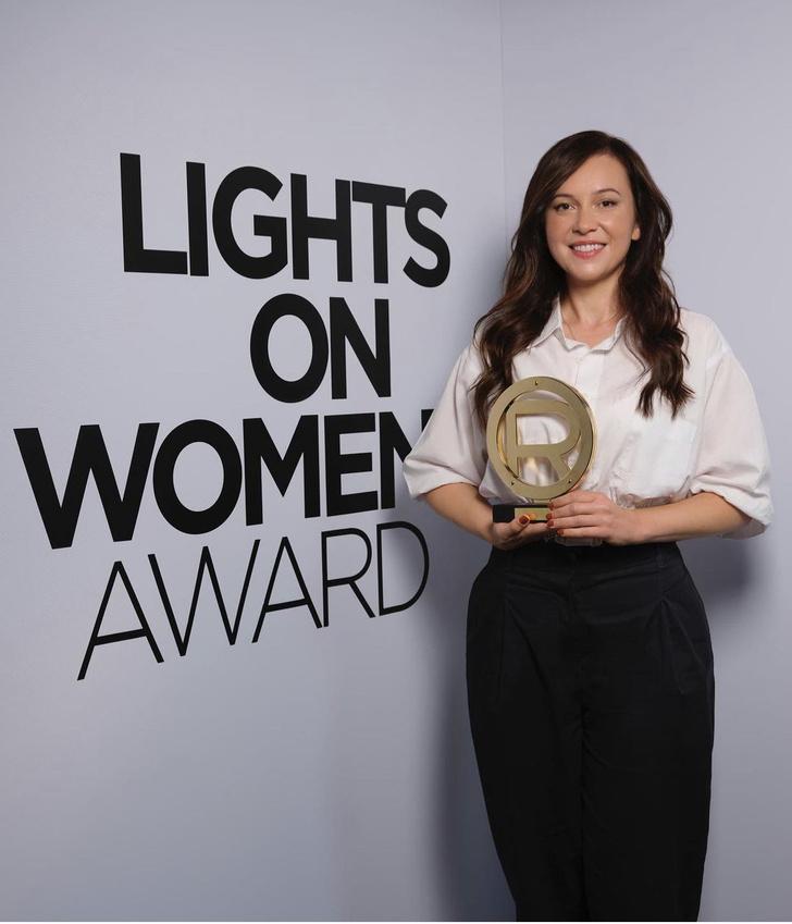 Фото №2 - Еще одна победительница Каннского кинофестиваля 2021, которая вошла в историю