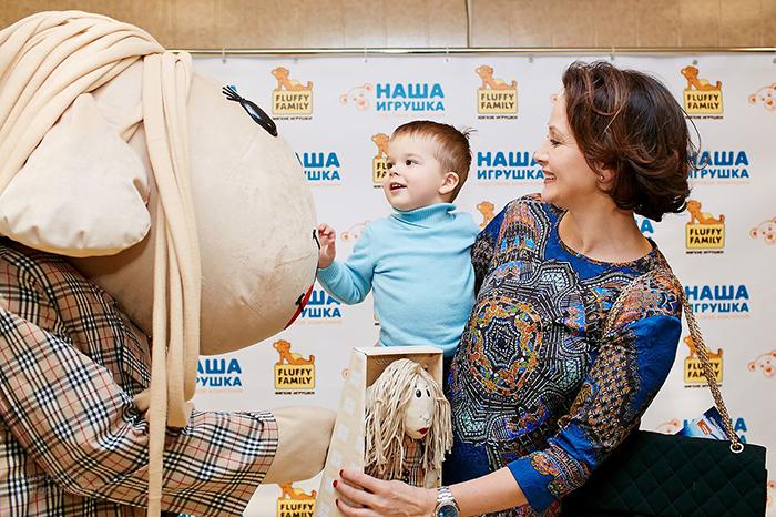 Фото №5 - Мария Киселева с успехом показала премьеру новогоднего шоу на воде