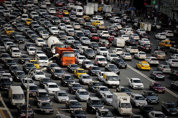 Фото №1 - Стойкое ощущение: Сколько мы теряем на пробках