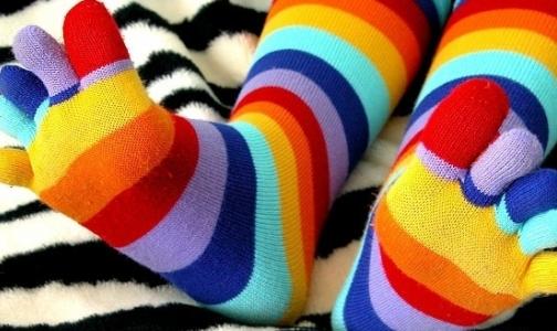 Фото №1 - Наденьте цветные носки — поддержите людей с синдромом Дауна