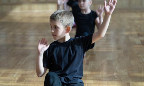 Фото №1 - На медосмотрах в школах и детсадах Ленобласти будут делать УЗИ