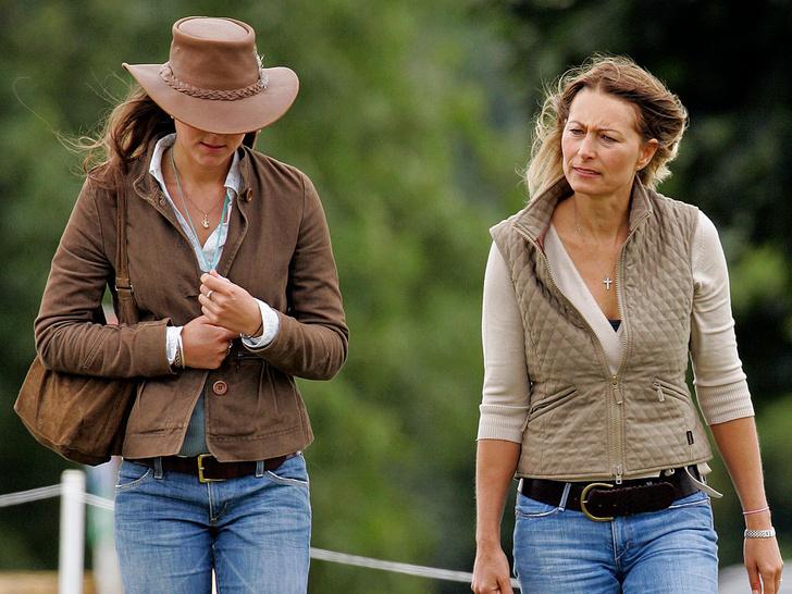 Фото №3 - Повод для шуток: почему друзья Уильяма дразнили Кейт из-за ее матери