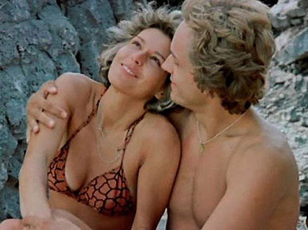 Фото №17 - Ретрошик: 20 легендарных купальников из кино