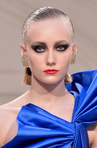 Фото №2 - Больше цвета от YSL: beauty-руководство по карандашам для глаз