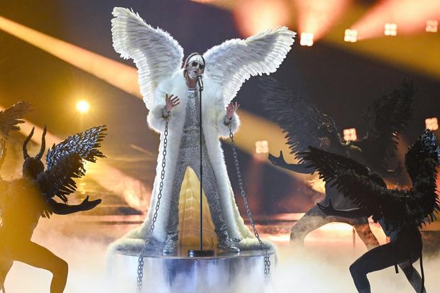 Фото №8 - Стразы и перья: самые эпатажные и смелые образы «Евровидения-2021»