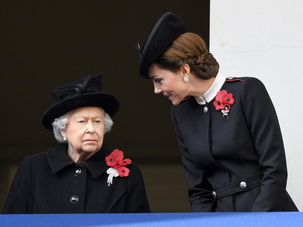 Фото №2 - Какой титул Кейт могла получить после свадьбы (но согласилась на герцогиню)