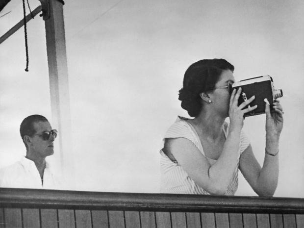 Фото №6 - Как принц Филипп отреагировал на слухи о своих изменах Елизавете