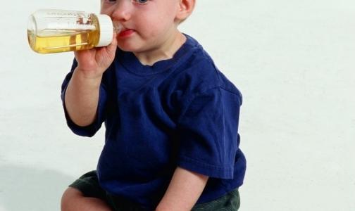 Фото №1 - Большинство россиян не знают, что их детям по закону положены бесплатные лекарства