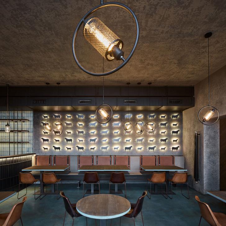Фото №5 - Брутальный ресторан в Праге