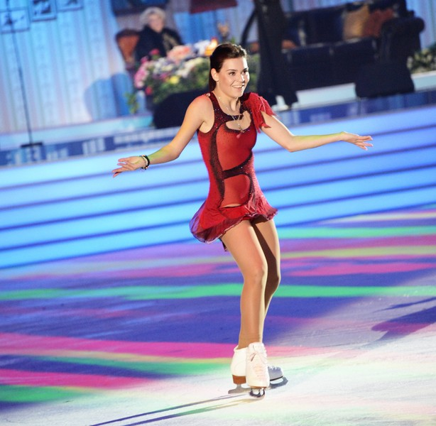 Гадалка «кинула» олимпийскую чемпионку на 2 миллиона рублей