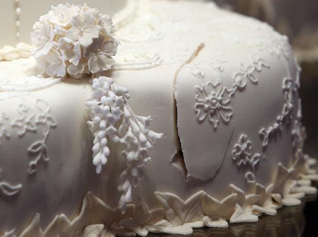 Фото №20 - Сладко: свадебные торты на королевских свадьбах