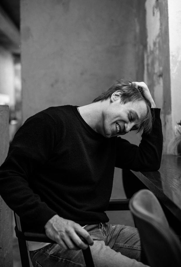 Фото №1 - «Кинотавр-2020»: самый многообещающий российский актер Михаил Тройник— о «Хандре», современном театре и своей жизни