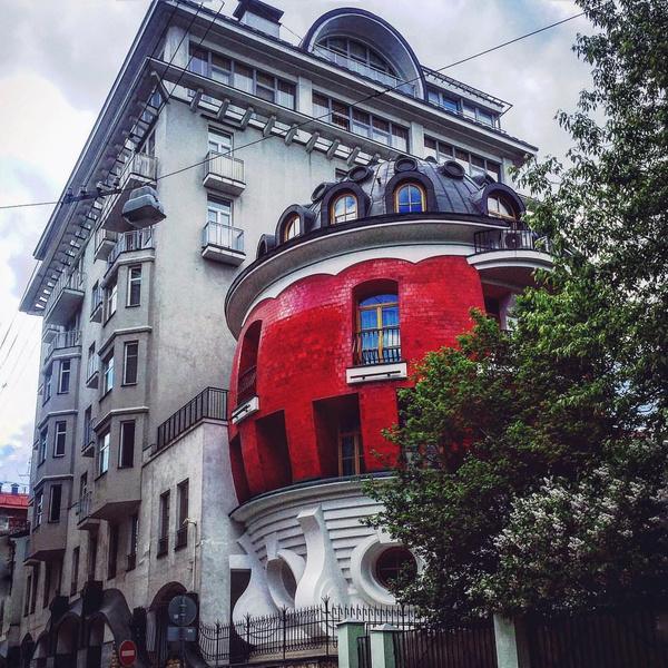 Фото №1 - Дом-яйцо в Москве, в котором никто не хочет жить: 10 фото