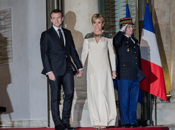 Фото №13 - Брижит Макрон: женщина, стоящая за президентом Франции