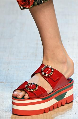 Фото №21 - 10 весенних трендов с Недели моды в Милане