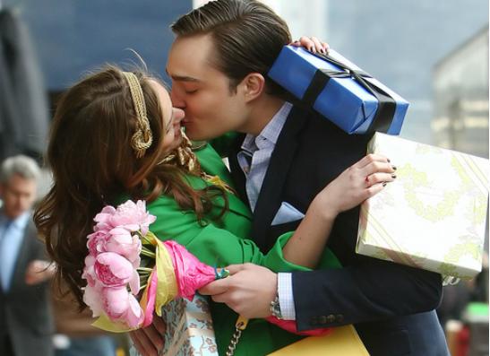 Фото №1 - Самые романтичные поцелуи в кино