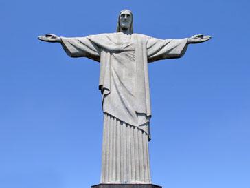 Статуя Иисуса Христа в Бразилии