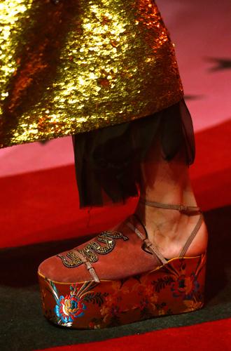 Фото №19 - 10 весенних трендов с Недели моды в Милане
