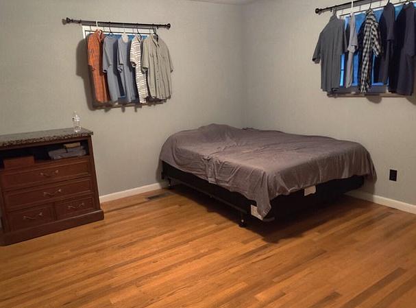 Фото №2 - Матрас на полу, рубашки вместо штор: мужской взгляд на идеальный интерьер